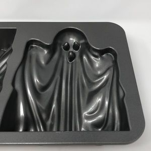Nordic Ware Kitchen - NWT Nordic Ware 3D Ghost Cake Pan